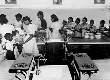 Students in the Dunbar School cafeteria, 1941  [UALSC]
