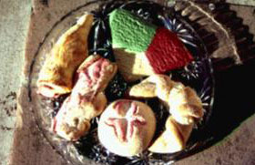 Mexican pastries and cookies from the Del Rio  Bakery, Tucson, Arizona, November 1981  [image courtesy of James S. Griffith]